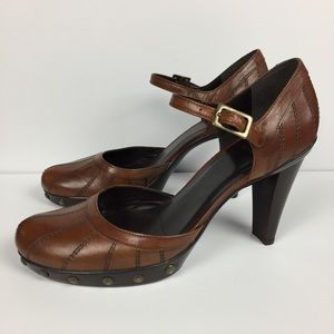 Stuart Weitzman Brown Leather Studded Heel 8.5